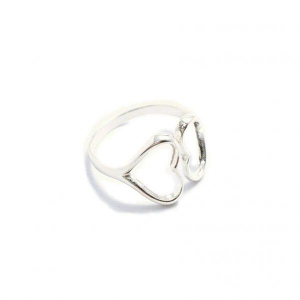 anillo dos corazones semiabiertos