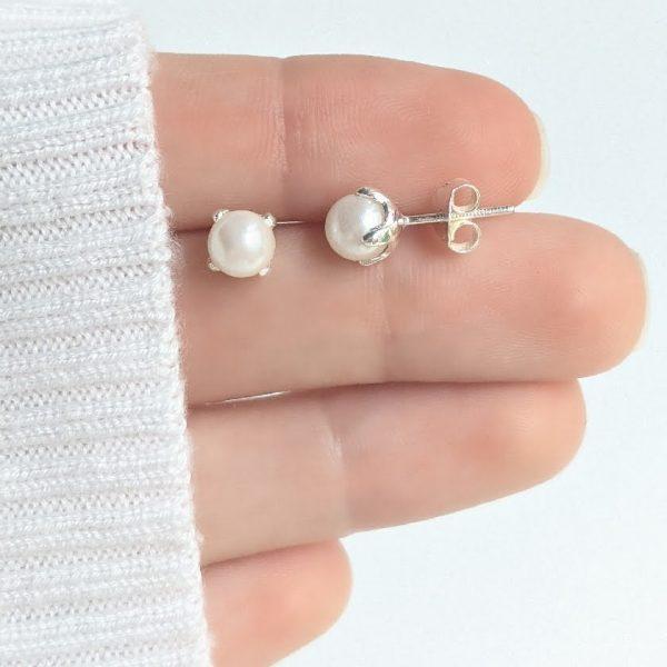 Aros Perla Cultivada Engarzada 6mm Plata 925