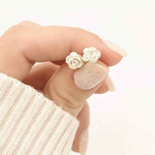 Aros flor plata