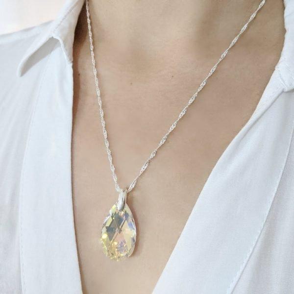 Collar Swarovski gota aurora boreal 28mm
