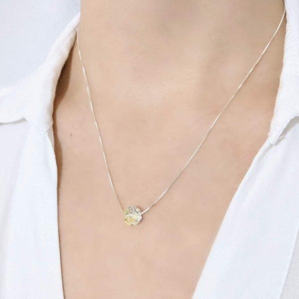 Collar Swarovski trebol pasante con cadena veneciana de 45cm