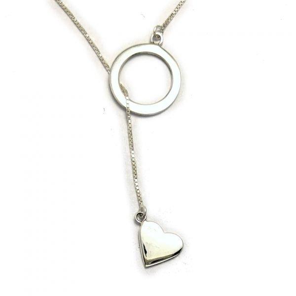 Collar corbatero corazon con circulo